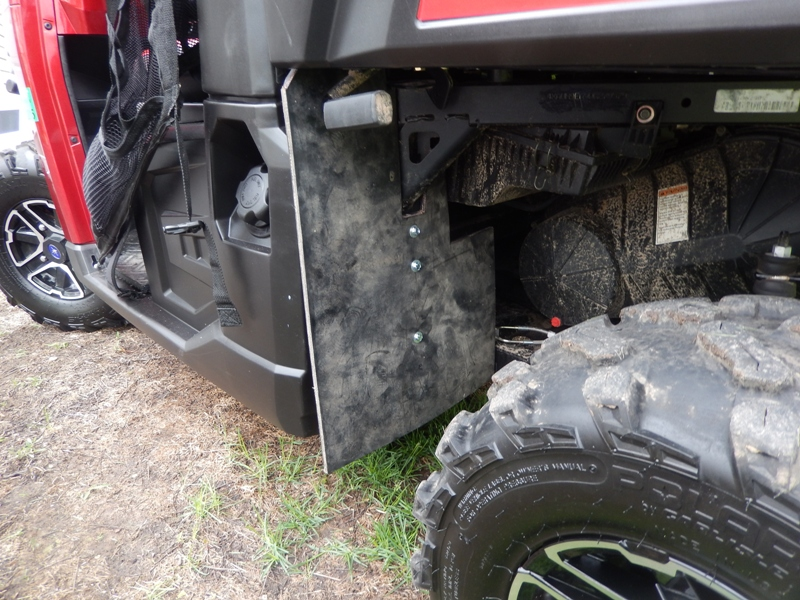 Mud Protection Floor Mats And Gps Mount